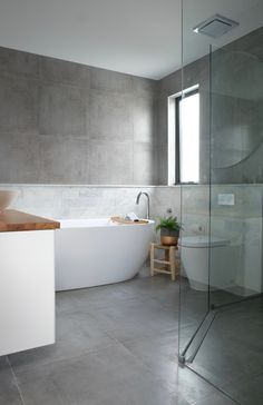 Modern Bathroom Tub Shower Combo - Modern Bathroom Tub Shower Combo , Bathroom Interior White Corner Bathtub and White Ceramic