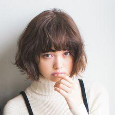 """【おしゃれヘア】ティナの""""こっそり""""巻くヘアアレンジ♡ NET ViVi 講談社『ViVi』オフィシャルサイト"""