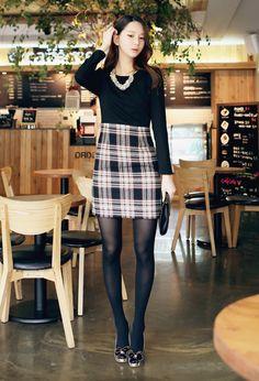 LUXE ASIAN WOMEN STYLE KOREAN FASHION CLOTHES Check color Dress