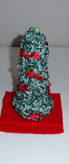 árvore de Natal em crochê  enfeite de mesa