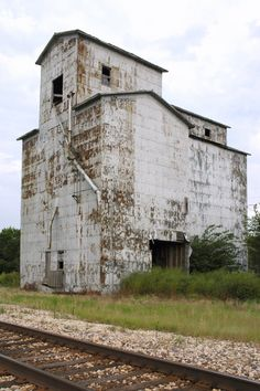 Illinois Grain Elevator