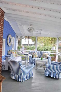 blue and white cottage style porch Cottage Porch, Cottage Living, Coastal Cottage, Cottage Style, House Porch, Cozy Cottage, Coastal Living, Coastal Decor, Outdoor Rooms