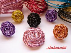 Flowers out of colored metal wire-step by step