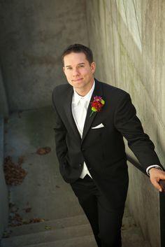 A calm, confident groom | Kristina Lynn Photography & Design.