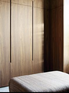 Natural timber wardrobe with minimal joinery and concealed handles makes the most of the timber grain Wardrobe Cabinets, Wardrobe Doors, Bedroom Wardrobe, Closet Doors, Wardrobe Closet, Design Lounge, Design Loft, House Design, Chair Design