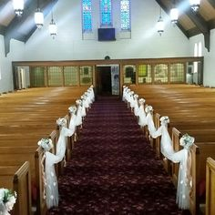 Www.facebook.com/topnotchballooncreations/ Www.topnotchballooncreation.com #pewbows #pewclips #bride #groom #ceremony #roses #rosepetals #tulle #churchpews #pewdecor #drappedpews #drappedtulle #ribbonbow #peonie #wedding #weddingfun #ribbonbow #weddingday #webuyblack #brownsister #browngirl #blackowned #supportblackbusines #roses #accents #drapping #custommadepewbows #etsy #celebrations #islerunner #isle #chaple #married #goingtothechaple #detroit #michigan #detroitlove #BlackMoney…