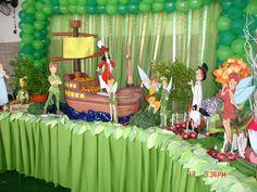 Festas e Cia: Peter Pan e Sininho Peter Pans, Fête Peter Pan, Peter Pan Cakes, Peter Pan Party, Boys 1st Birthday Party Ideas, Twin Birthday Parties, First Birthday Party Decorations, Fairy Birthday Party, Baby Boy 1st Birthday