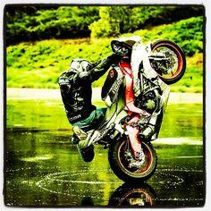 Custom Sport Bikes, Stunt Bike, Street Bikes, Bike Life, Cool Bikes, Stunts, Golf Bags, Atv, Sweet Stuff