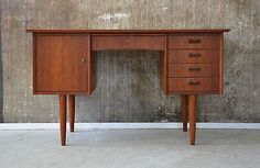 60er-Teak-SCHREIBTISCH-danish-design-60s-WRITING-DESK-teakwood-vodder-hvidt-ara