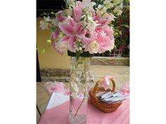 Arreglos de flores para bodas de noche alegres