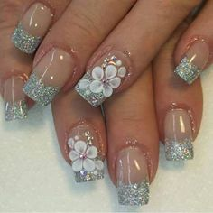 The advantage of the gel is that it allows you to enjoy your French manicure for a long time. There are four different ways to make a French manicure on gel nails. Simple Nail Art Designs, Beautiful Nail Designs, Cute Nail Designs, Easy Nail Art, Beautiful Nail Art, Gorgeous Nails, 3d Nail Art, Cute Nails, My Nails