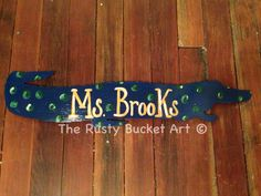 Gators door hanger #therustybucketart #doorhanger #gators #football