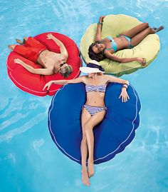 Leave that old blow-up float in the shed and do some serious relaxing with the Cool Touch Jumbo Round Pool Float from Brookstone.
