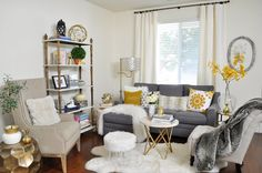 Must-Haves for a Busy Entertaining Season in a Small Space — 2 Ladies & A Chair Family Room Decorating, Family Room Design, Decorating Ideas, Sofas For Small Spaces, Small Rooms, Accent Chairs For Living Room, Living Room Decor, Small Sectional Sofa, Home Decor Quotes
