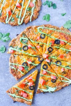 This amazing keto chicken crust taco pizza has only 2g net carbs!!! Low carb and gluten free!