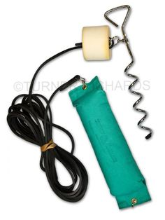 Bolting Rabbit Kits - Basic Elastic rubber cord 1 x cork screw tether Green canvas dummy Designed to teach your dog control Easy to