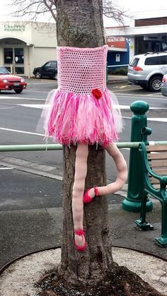 Angelina Ballerina Tree ~Greerton Village Yarn Bombing 2014
