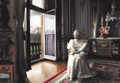 Queen Elizabeth of England  ~by Annie Leibovitz  - Google Search