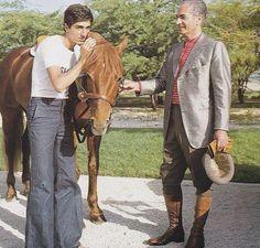Mohammad Reza Shah Pahlavi & his son, Reza. Qajar Dynasty, Pahlavi Dynasty, Farah Diba, Old Pictures, Old Photos, Persian Princess, The Shah Of Iran, Young Leonardo Dicaprio, Persian Poetry