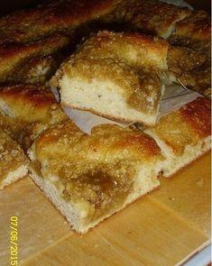 Talkooväen kaurapulla - herkullinen peltipulla Finnish Recipes, Banana Bread, French Toast, Food And Drink, Sweets, Breakfast, Desserts, Breads, Salad