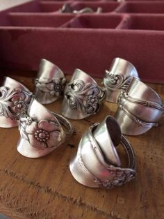 Wonderful new way to make a silver spoon ring. I LOVE this!!!!