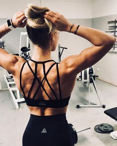 Tools for success messy bun strappy bra hustle heart bemorehuman strongaf strongwomen ootd repost jana_hailey motivational quotes to workout motivational quotes for fitness Fitness Workouts, Fitness Motivation, Fitness Gym, Motivation Goals, Sport Fitness, Moda Fitness, Health Fitness, Fit Women Motivation, Fitness Goals For Women