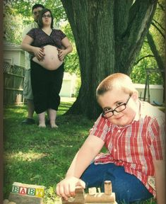 50 most awkward pregnancy pictures. Sweet lord...