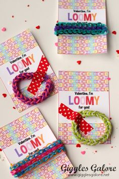 Rainbow Loom Valentine- an easy and non-candy Valentine Idea! Valentine Theme, Valentines Day Party, Valentines For Kids, Valentine Decorations, Valentine Crafts, Valentine Ideas, Funny Valentine, Snail Craft, Pink Crafts