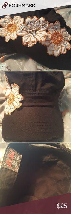 NWOT Embellished UT Longhorn hat NWOT Embellished UT Longhorn hat Accessories Hats