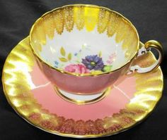AYNSLEY ENGLAND PINK ROSE GOLD BOUQUET LACE TEA CUP AND SAUCER