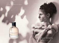 Parfum Bottega Veneta - Photo Bruce Weber - Modèle Nine D'Urso, fille d'Inès de la Fressange.