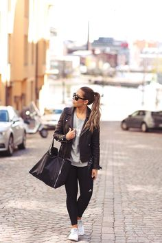 Sporty Thursday (via Bloglovin.com )