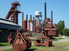 Sloss Furnaces, Birmingham, AL. This place is supposed to be creepy! Now used for concerts and events, not creepy at all. Old Buildings, Abandoned Buildings, Skyline Painting, Paranormal Photos, Ghost Hunters, Magic City, Birmingham Alabama, Strange Places, Sweet Home Alabama