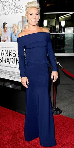 P!nk - Thanks For Sharing Premiere - I love her dress