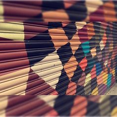 """""""Eu ando pelo mundo prestando atenção em cores que eu não sei o nome. Cores de Almodóvar. Cores de Frida Kahlo. Cores"""" 💛💙💜💚❤️ #SP #VilaMadalena #Pinheiros #tbt #SnapSave 🏙"""