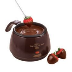 Chocolate Pro by Wilton متوفرة في  مركز منال العالم لأدوات وفنون الطهي الأردن عمان - خلدا - خلدا مول - مقابل المدارس الإنجليزية للأستفسار يرجى الأتصال على 0798237575- 0797060668-065513867