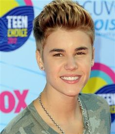 Justin Bieber to make a cameo on 'The Simpsons' (Jordan Strauss / AP