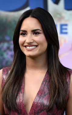 CULVER CITY, CA - JANUARY Singer Demi Lovato attends the photo call for Sony Pictures Releasing's 'Smurfs: The Lost Village' at Sony Pictures Studios on January 2017 in Culver City, California. (Photo by Amanda Edwards/WireImage) Demi Lovato Body, Demi Lovato Hair, Demi Lovato 2017, Camp Rock, Selena Gomez, Lady Gaga, Demi Love, Demi Lovato Pictures, Thing 1