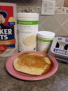 Herbalife pancakes. 5 egg whites, 1/4 cup oats, tsp vanilla, 2 scoops PDM, 1 scoop Apple Fiber Complex (optional). Nutritional breakdown: 325 calories, 6 g fat, 2 g sugar, 45 g protein, 27 carbs, 7 g fiber (if you use the fiber complex) Herbalife Meal Plan, Herbalife Protein, Herbalife Shake Recipes, Herbalife Nutrition, Snacks To Make, Healthy Snacks, Protein Drink Mix, Protein Meal Replacement, Fiber Foods