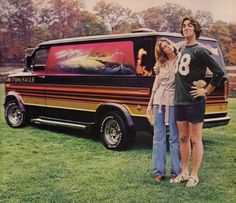 Vans were a hippies home. with he amount of people in the popular counter culture vans were pictured all through the generation and this hippy couple seems proud of there home. Customised Vans, Custom Vans, Station Wagon, 1970 Style, 70's Style, Ed Vedder, Vanz, Cool Vans, Rockn Roll