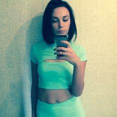 Ольга, 22, Москва, ищу: Парня  от 20  до 27 http://loveplanet.ru/page/135817288/affiliate_id-90971  Цель знакомства: Романтические отношения