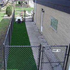Diy dog run fence pets Best ideas – Dog Kennel Outdoor Dog Area, Outdoor Dog Runs, Backyard Dog Area, Backyard Ideas, Outdoor Dog Kennel, Dog Pen Outdoor, Dog Run Side Yard, Dog Run Fence, Dog Yard