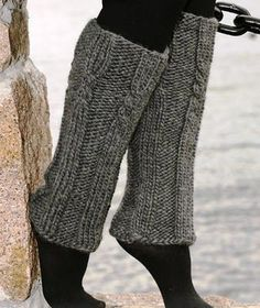 Free knitting patterns and crochet patterns by DROPS Design Knitting Patterns Free, Knit Patterns, Free Knitting, Free Pattern, Crochet Boots, Knit Crochet, Crochet Leg Warmers, Drops Design, Boot Cuffs
