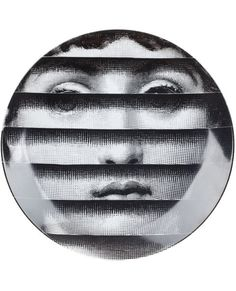 Купить Fornasetti тарелка с принтом в L'Eclaireur from the world's best independent boutiques at farfetch.com. 400 бутиков, 1 адрес. .