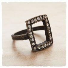 ARHAUS: High Flashion Ring