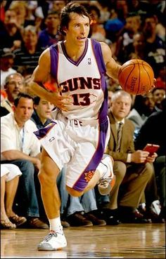Steve Nash #PlayGameOnline Basketball Games Online, Basketball Moves, Basketball Skills, Love And Basketball, Kentucky Basketball, Duke Basketball, College Basketball, Basketball Players, Wildcats Basketball