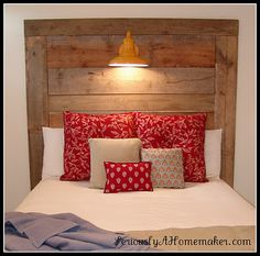 Barn wood headboard with built in lamp. Love the look of old barn wood! Diy Headboard With Lights, Wood Headboard, Headboard Ideas, Light Headboard, Cool Diy Projects, Home Projects, Home Bedroom, Bedroom Decor, Bedrooms