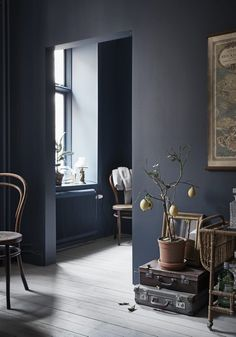 Gravity Home: Tiny Blue Stockholm Apartment