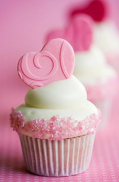 The 107 Best Valentine S Day Cupcakes Images On Pinterest Heart