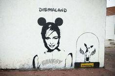A possible piece of artwork/graffiti by street artist Banksy has been spotted on Market Street in Kidderminster.